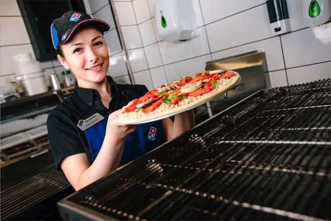 Пиццамейкер Доминос Пицца