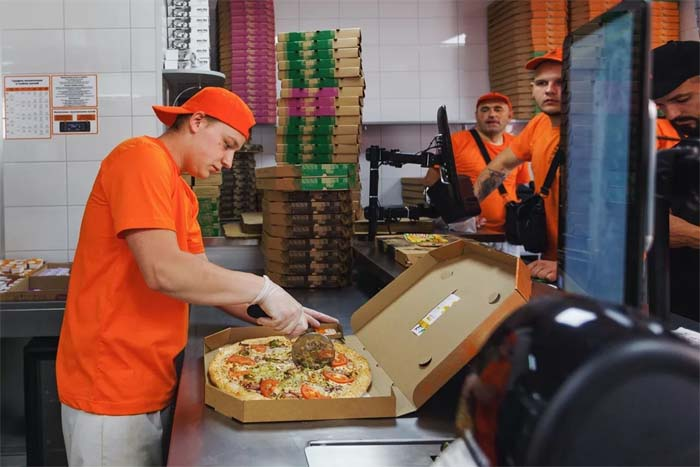 Пиццамейкер в Ташир Пицца