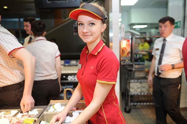Работник ресторана